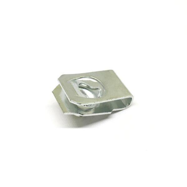 12159 2 600x600 - Закладная гайка под болт М6 (15 х 25)