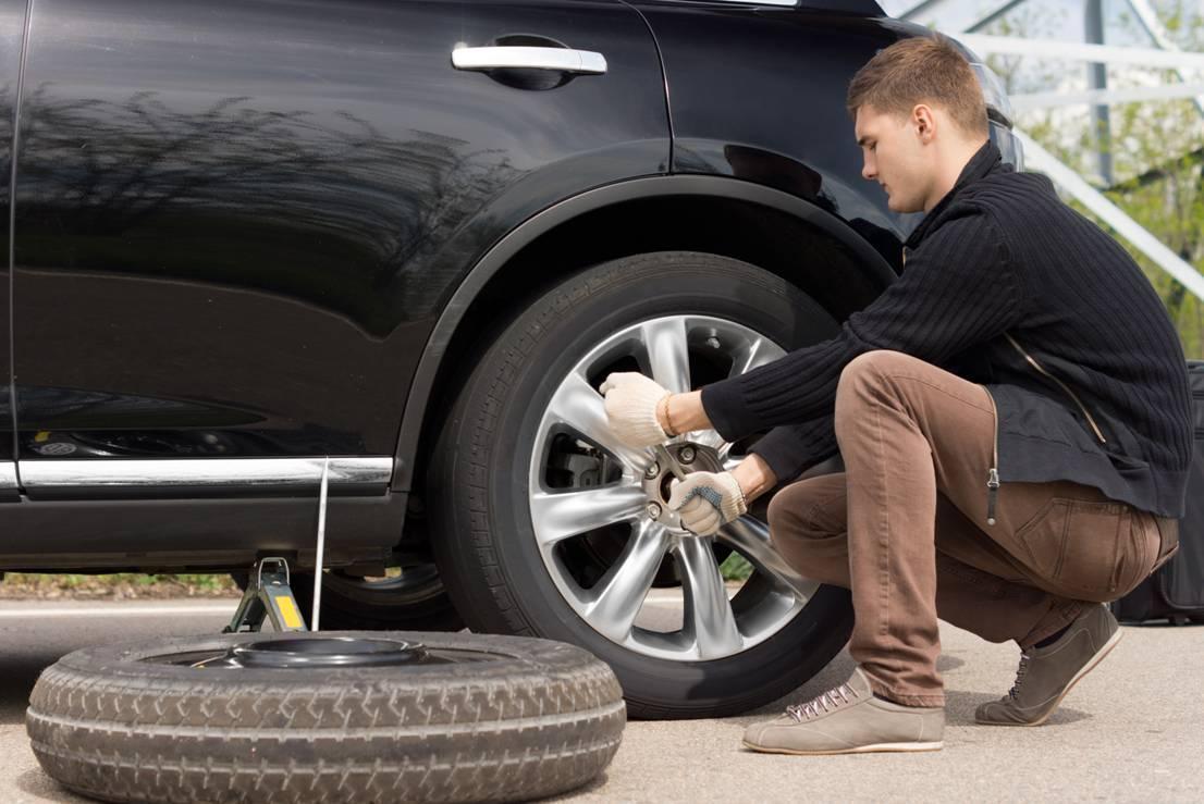 Когда нужно менять колеса на авто?